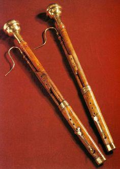 Basson Harp, Violin, Basson, Hammered Dulcimer, Musical Instruments, Baroque, Design, Trumpet, Brazil