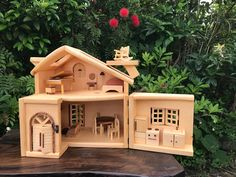 Cabin Crafts, Wood Crafts, Wooden Dollhouse, Mini Things, Miniture Things, Play Houses, Projects For Kids, Wooden Toys, Garden Design