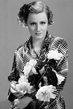 Irene Dunne in 1932.