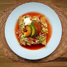Tacos dorados de pollo con caldo de consome estilo sinaloa - Tacos mexicanos de pollo ...