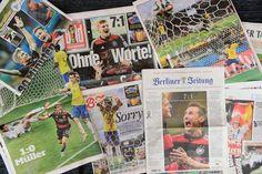 サッカーW杯ブラジル大会(2014 World Cup)準決勝での歴史的大勝を伝えるドイツ紙(2014年7月9日撮影)。(c)AFP/JOHN MACDOUGALL ▼10Jul2014AFP|歴史的大敗から一夜、ブラジルサッカーの再生を訴える国内紙 http://www.afpbb.com/articles/-/3020143 #Brazil2014 #Brazil_Germany_semifinal