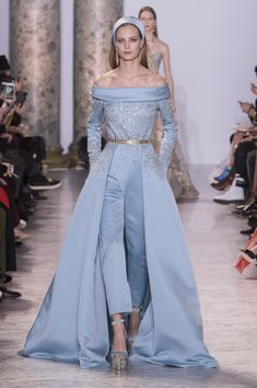 Elie Saab Spring 2017 Couture Fashion Show - The Impression Pantsuit Wedding Dress, Bridal Jumpsuit, Sexy Wedding Dresses, Prom Dresses, Sequin Jumpsuit, Club Dresses, Wedding Gowns, Elie Saab Couture, Vestidos Fashion