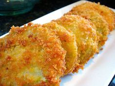 Fried green tomatoes originated in the south and are a favourite in southern cuisine. There are two types of green tomatoes – those that are naturally green when ripe, and simply un-ripened tomatoes. Traditionally, green tomatoes that are used in a fried green tomatoes recipe, are the simple unripe tomatoes. Often times if we've had …