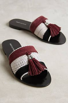 Anthropologie Favorites:: January New Arrival Shoes and Accessories at Anthropologie Leather Slippers, Leather Sandals, Sandals Outfit, Shoes Sandals, Cute Shoes, Me Too Shoes, Beautiful Shoes, Summer Shoes, Comfortable Shoes