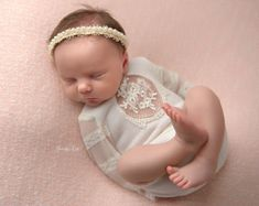 Neugeborene Mädchen Strampler Sahne & Mint von LovelyBabyPhotoProps