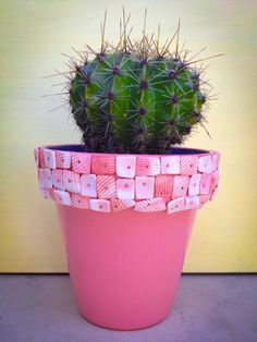 Macetas pintadas mano Echinopsis Flor Bl - Macetas - Casa - 35004 Painted Plant Pots, Painted Flower Pots, Painted Vases, Hand Painted, Mosaic Flower Pots, Mosaic Pots, Clay Pot People, Decorated Flower Pots, Plants Are Friends