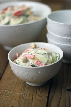 Cucumber Salad with Chickpeas and Peppers_1