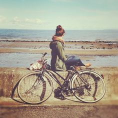 Bicycle + Beach + Girl ... This should be me!