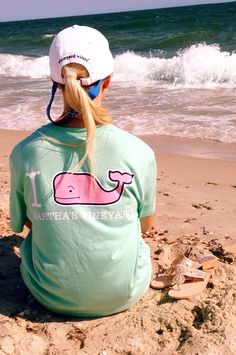 thelockstepofprep: Life is a beach, I'm just playing in the sand. I 🐳 VV! Adrette Outfits, Preppy Outfits, Summer Outfits, Preppy Mode, Preppy Girl, Preppy Southern, Southern Prep, Southern Living, Southern Shirt
