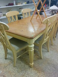DIY dining room table Before and After: how to make your own dining table in the french provincial look farm-house decor on a budget