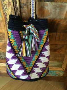 OOAK Mini Mochila bag Wayuu technique tapestry by creaconlemani Diy Crochet Bag, Crochet Chart, Knit Crochet, Mochila Crochet, Tapestry Crochet Patterns, Tapestry Bag, Boho Bags, Knitted Bags, Crochet Accessories