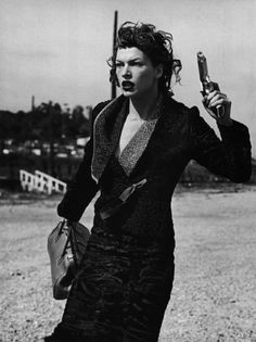 """Love That Look"": Milla Jovovich photographed by Peter Lindbergh for Vogue Italia, September 2000"