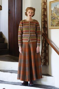 Knit this round neck cardigan, with Fairisle pattern and full length sleeves a design by Marie Wallin using Rowan Felted Tweed. Fair Isle Knitting Patterns, Fair Isle Pattern, Sweater Knitting Patterns, Sock Knitting, Vintage Knitting, Free Knitting, Fair Isle Pullover, Rowan Felted Tweed, Cardigan Design