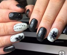 5 Simple and creative designs for nails that you will not be able to resist # Fabulous Nails, Perfect Nails, Gorgeous Nails, Creative Nail Designs, Creative Nails, Nail Art Designs, Cute Nails, Pretty Nails, Black White Nails