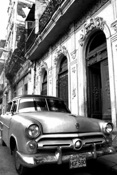Cuba Car 2 (000519) - Arthouse Art - A stunning photo-canvas black and white image of a 1950's style car in front of a faded Cuban building. Canvas size: 57 x 77 x 1.8 cm deep.