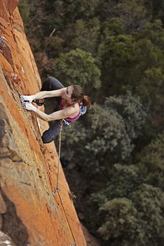 www.boulderingonline.pl Rock climbing and bouldering pictures and news Paige Claassen on J