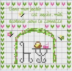 Dans mon jardin cet après-midi broderie sous la tonnelle (In my garden this afternoon, embroidery under the arbor)- Les chroniques de Frimousse