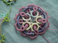 Interwoven rings  (via Adriana Aljayoushi via Lisa Nelson but linking to the exact post)