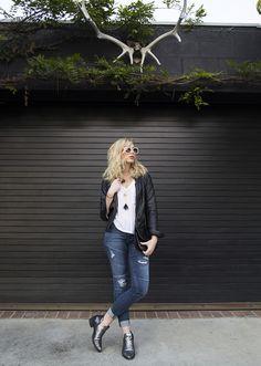 @Sound_of_Beauty in Hudson Brooklyn Moto Keans