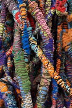 Sheila Hicks, Cordes Sauvages / Hidden Blue, 2014 (Detail), Cotton, wool, linen, silk, bamboo, synthetic, 250 x 70 x 70 cm, Courtesy Alison Jacques Gallery, London and Galerie Frank Elbaz, Paris, Copyright the artist. Photo: Michael Brzezinski