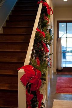 Holiday Home Decor - Banister & Holly