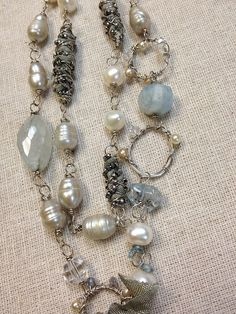 Like the ribbon/wire beads, beaby ruthrae, via Flickr