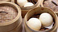 Pan bao o bao bun al vapor Breakfast Recipes, Dessert Recipes, Desserts, Bao Buns, Oriental Food, Vegan Bread, Bakery Recipes, Chinese Food, Asian Recipes