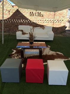 Standerton traditional african wedding lounge furniture www.secundatents.com Zulu Traditional Wedding, Traditional Decor, Wedding Ceremony Decorations, Table Decorations, Wedding Ideas, African Wedding Cakes, Wedding Lounge, Lounge Furniture, Event Decor