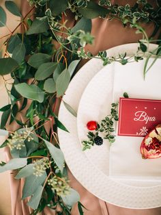 Making places guests: Exactly Card, berries, fruits, eucalyptus