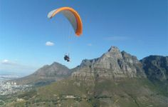 Honeymoon idea: Paraglide from Lions Head (Cape Town, South Africa) Adventure Activities, Travel Activities, Lions Head Cape Town, Paragliding, Amazing Adventures, Tandem, Adventure Travel, Places To See, South Africa