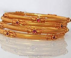 Gold Antique Bangle Sets from PNG Adgil Jewellers ~ South India Jewels Gold Bangles Design, Gold Jewellery Design, Designer Bangles, Antique Jewellery, Bridal Jewellery, Ruby Bangles, Gold Mangalsutra Designs, Hand Jewelry, India Jewelry