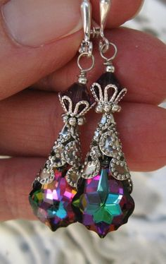 New Swarovski Electra Coated Crystal Earrings Swarovski Jewelry, Crystal Jewelry, Beaded Jewelry, Handmade Jewelry, Swarovski Crystals, I Love Jewelry, Jewelry Design, Jewelry Making, Beads And Wire