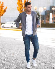 For those bomber jacket lovers! Get yours at 🔺 Have a good night. Ripped Jeans Men, Have A Good Night, Mens Fashion, Fashion Outfits, Leather Men, Leather Jackets, Male Models, Style Me, Bomber Jacket