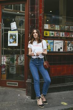Sezane in Soho - outfit photo inspo - Cool Outfits, Casual Outfits, Summer Outfits, Fashion Outfits, Spring Look, Spring Summer Fashion, Espadrilles Outfit, Castaner Espadrilles, Looks Jeans