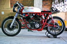 Still & Action - RocketGarage - Cafe Racer Magazine