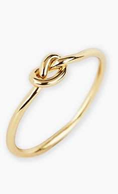 Pin for Later: 25 Delicate Jewels to Layer Up All Summer Argento Vivo Mini Knot Ring Argento Vivo Mini Knot Ring Cute Jewelry, Gold Jewelry, Jewelry Box, Jewelry Accessories, Fashion Accessories, Fashion Jewelry, Jewlery, Jewelry Rings, Mode Pop