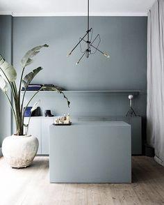 credit: unknown source: Annika Gehöör / designsplendours.com #design #interiordesign #wardrobe #dining #homedecor #living #inspiration #instadesign #dwhome #designlove by damianwandco