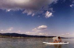 Tuoro Beach - #altrasimeno si può fare yoga sul SUP. Io dopo una pagaiata ci faccio anche la pennica. @francescapistolesi