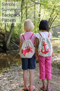 Free sewing pattern for simple summer drawstring backpack, DIY backpack for kids, kids backpack sewing pattern, drawstring backpack tutorial