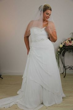 Sale wedding dresses Tina Wedding Gown