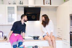 home engagement session, pancakes, naleśniki, domowa sesja narzeczeńska, cudna para,