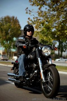 The 2012 Harley-Davidson FLS Softail Slim