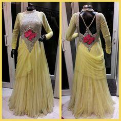 #ethnicfusionhues #ShilpaPahuja #partywear #gorgeous #pretty #Fashionista #fusion #lifestyle #Fashion #RajouriGarden