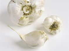 Hvitløksmør Garlic, Vegetables, Food, Veggies, Vegetable Recipes, Meals, Yemek, Eten