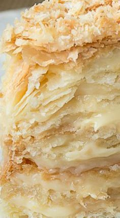 Russian Napoleon Cake ~ It is the ultimate Napoleon Cake and a cousin of the traditional Napoleon Recipe, it is made of crispy layers of puff pastry, sandwiched together with creamy and buttery custard. Napoleon Pastry, Napoleon Torte, Napoleon Dessert, Napoleon Cake Russian, Russian Cakes, Russian Desserts, Russian Recipes, Puff Pastry Desserts, Puff Pastry Recipes