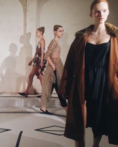 Harlequins in states of undress and our favourite set design of the week via Isa Arfen (@isa_arfen). Shiny croc embossed slides and a gauzy sheer polka dot dress layered over pants sum up our ideal wardrobe scenario come #AW17. (: @sophievanders) #LFW #IsaArfen  via ELLE UK MAGAZINE OFFICIAL INSTAGRAM - British Fashion Campaigns  Haute Couture  Advertising  Editorial Photography  Magazine Cover Designs  Supermodels  Runway Models