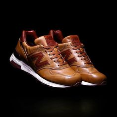 huge selection of 40da7 c96f5 mulpix The Horween Leather x New Balance 1400 is available now in store.  Herrenschuhe