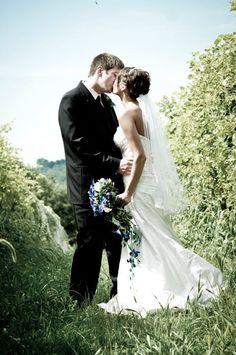 unique wedding picture