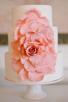 wow - this cake! spring flower wedding cake simple and lovely spring wedding cakes