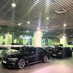 407 вподобань, 4 коментарів – Mulham Moussa (@bmwdreamauh) в Instagram: «BMW M550 and BMW M2 Black»